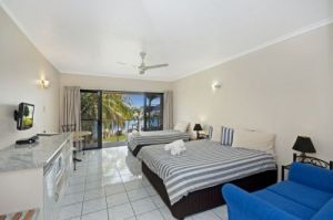 Hinchinbrook Marine Cove Motel - Accommodation QLD