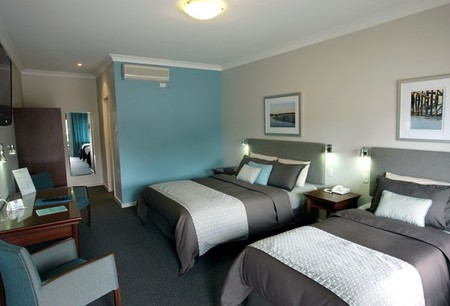 Pastoral Hotel Motel - Accommodation QLD