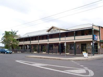 Crown Hotel Motel - Accommodation QLD