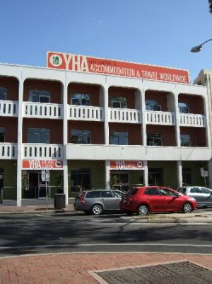 Adelaide Central YHA - Accommodation QLD