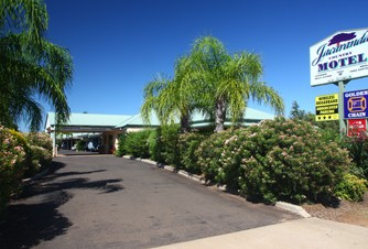 Jacaranda Country Motel - Accommodation QLD