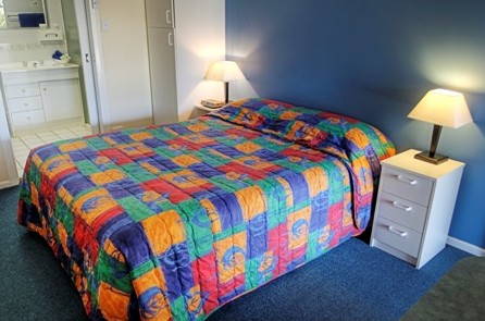 High Street Motor Inn - Accommodation QLD
