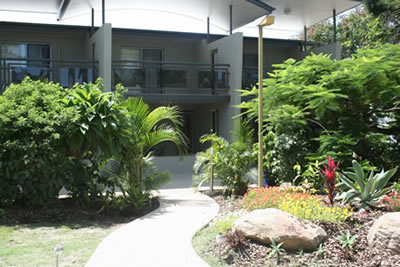 Apartments @ Toolooa Gardens Motel - Accommodation QLD