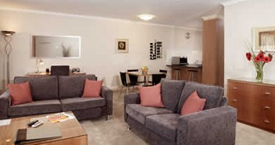 Ringwood Royale Apartment Hotel - Accommodation QLD