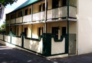 Town Square Motel - Accommodation QLD