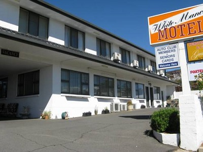 White Manor Motel