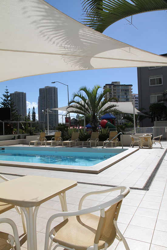 Hi Surf Beachfront Resort Apartments - Accommodation QLD