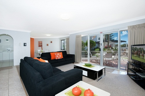 Le Beach Apartments - Accommodation QLD