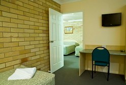 Starlight Motor Inn - Accommodation QLD