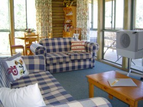 Myrtle Creek Cottages - Accommodation QLD