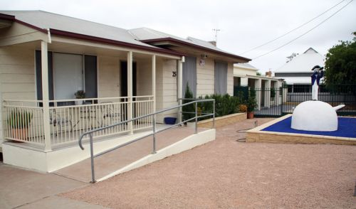 Executive Holiday Rental - Accommodation QLD