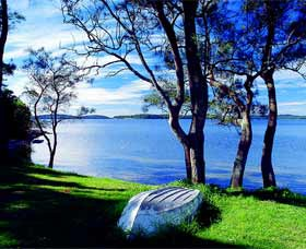 Swan Bay Hideaway - Accommodation QLD