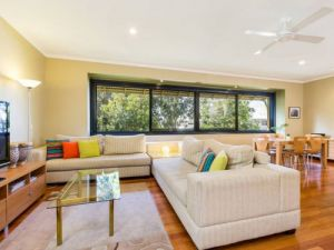 Short Stay Network - Accommodation QLD
