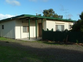 Caramor Cottages - Nathan's Nook - Accommodation QLD
