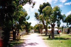 Bathers Paradise Caravan Park - Accommodation QLD