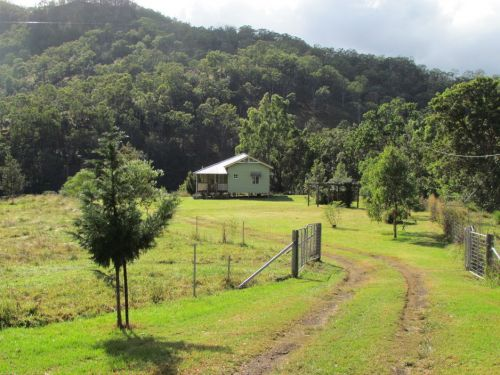Eighteen Mile Cottage and Homestead - Accommodation QLD