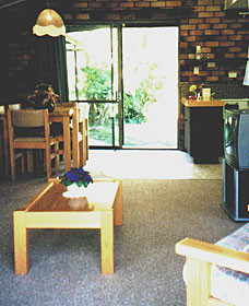 Falls Forest Retreat - Accommodation QLD