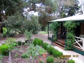 Barossa Country Cottages - Accommodation QLD