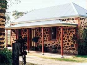 Enerby Farm Cottage - Accommodation QLD