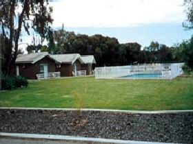 Highview Holiday Village - Accommodation QLD