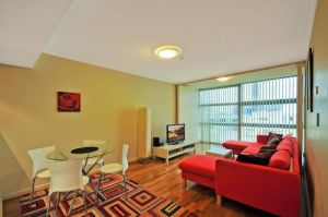 Astra Apartments - St Leonards - Accommodation QLD