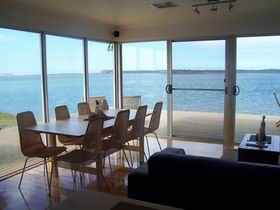 Coorong Beach House - Accommodation QLD
