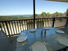 American River Water View Cottage - Accommodation QLD