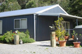Blackwood Studio Accommodation - Accommodation QLD