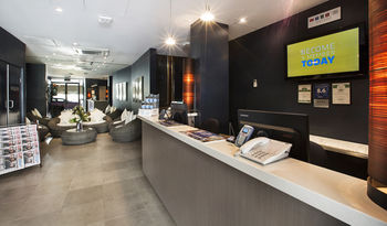 Quality Hotel Sands - Accommodation QLD