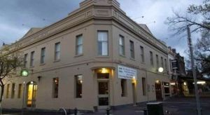 Naughtons Parkville Hotel - Accommodation QLD