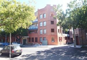 Ryals Serviced Apartments Camperdown - Accommodation QLD
