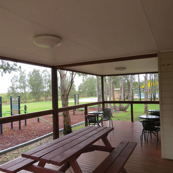 BIG4 Karuah Jetty Holiday Park - Accommodation QLD