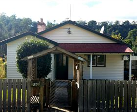 Brothers Town Cottage - Accommodation QLD