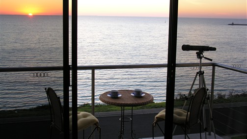 Clifftop Accommodation Portland Victoria - Accommodation QLD