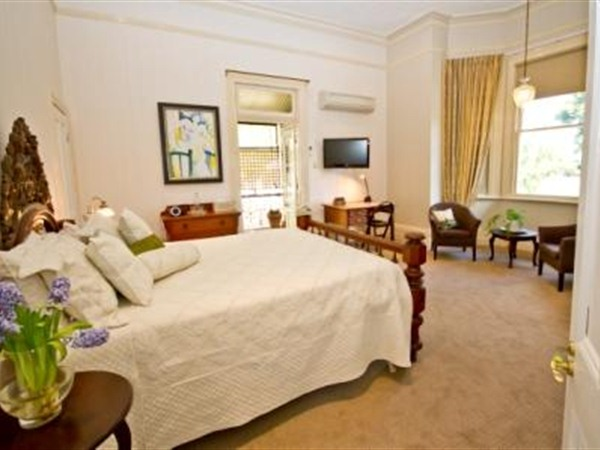 Brisbane Milton Bed and Breakfast - Accommodation QLD