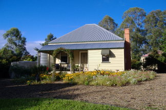 Mary Anns Cottage - Accommodation QLD