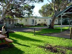 Beachside Holiday Park - Accommodation QLD