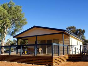 Discovery Holiday Park - Lake Bonney - Accommodation QLD