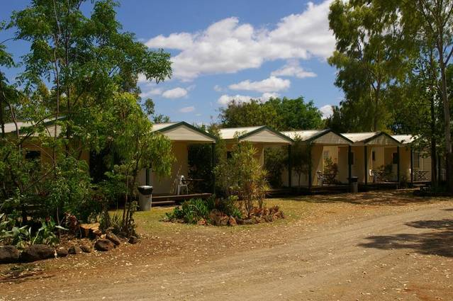 Bedrock Village Caravan Park - Accommodation QLD