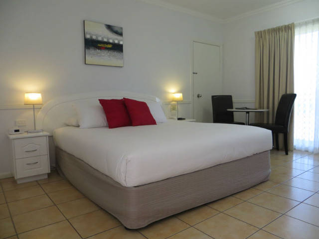 Charters Towers Heritage Lodge Motel - Accommodation QLD