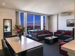 Meriton Serviced Apartments Parramatta - Accommodation QLD