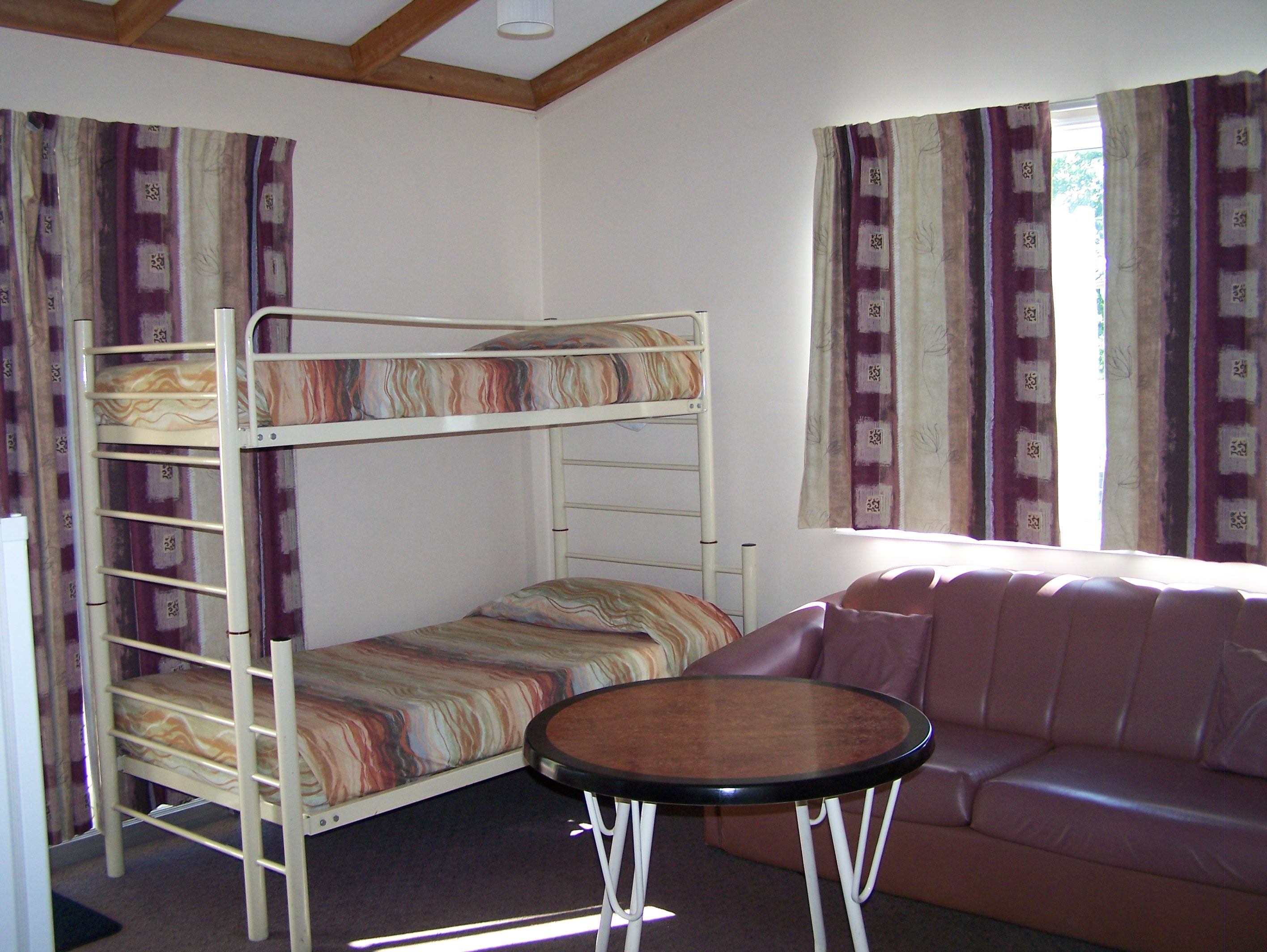Mitchell Motel - Accommodation QLD