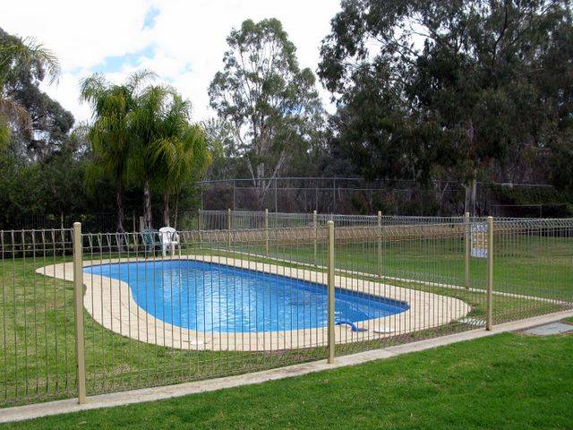 Pioneer Tourist Park - Accommodation QLD