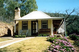 Price Morris Cottage - Accommodation QLD