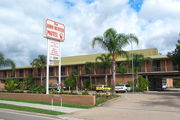 The John Hunter Motel - Accommodation QLD