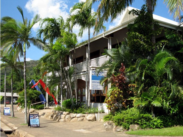 The Sovereign Resort Hotel - Accommodation QLD