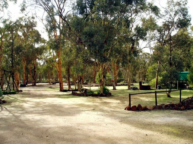 Toodyay Holiday Park  Chalets - Accommodation QLD