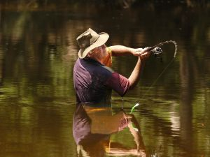 Lochlorian Trout Fishing and Getaway - Accommodation QLD