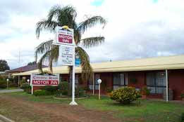 Country Roads Motor Inn - Accommodation QLD