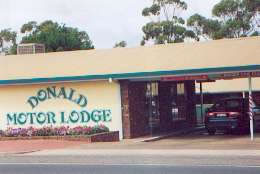 DONALD MOTOR LODGE - Accommodation QLD